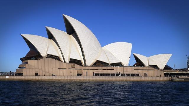 Famous Concrete Buildings : Concrete through the ages madmix